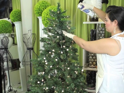 How to Decorate a White Flocked Christmas Tree : Modern Christmas Decorating