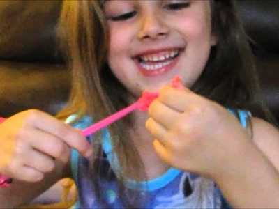 How To Make A Bow Charm With Loom Bands