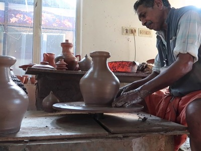 How to Make an Indian Clay Pot (in 60 seconds)