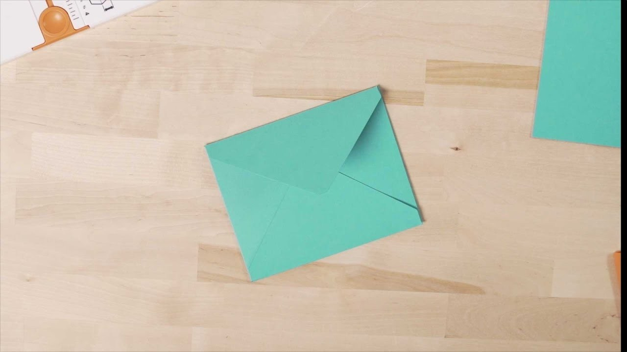 How to use the Fiskars® Gifting Board for Envelopes