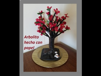 Arbol de papel.tree made from recycled magazine