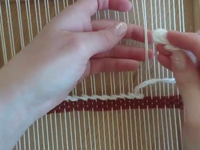 Loom weaving tutorial for beginners: The soumak technique