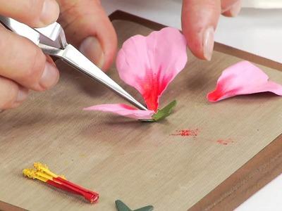 Designing in Susan's Garden with Thinlits Hibiscus Flower