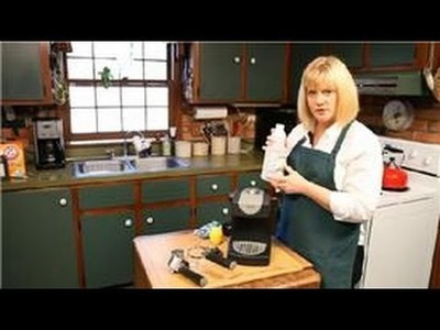 Kitchen Cleaning : How to Clean an Espresso Maker With Vinegar
