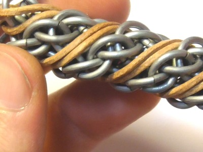 SPIRAL CANDY CANE CORD CHAINMAILLE HOW TO. 4 EASY STEPS.