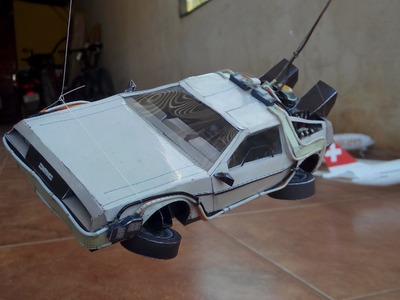 DeLorean Papercraft