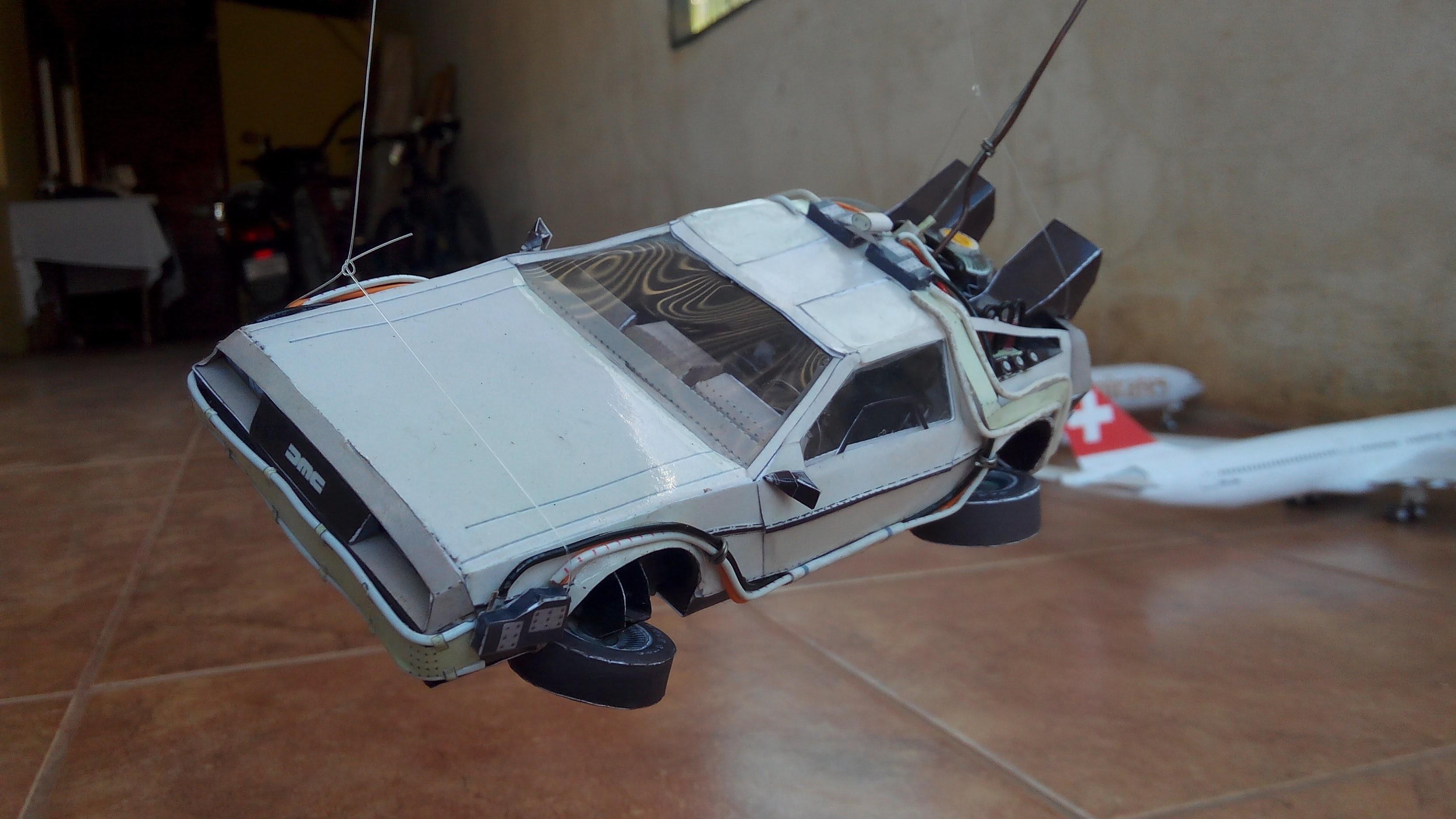 DeLorean Papercraft