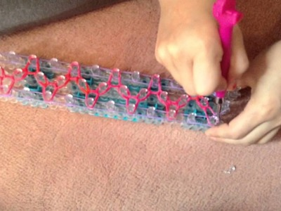Rainbow loom: How to make the Swizzler Bracelet