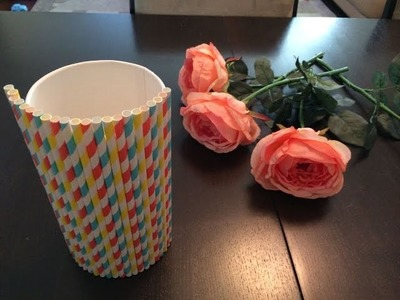 Make a beautiful Flower Vase out of a drinking straws