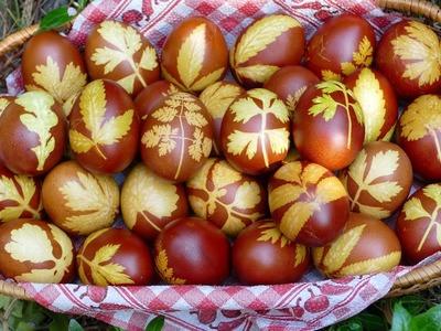 HOW TO MAKE BEAUTIFUL EASTER EGGS?