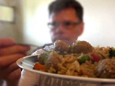 How To Make Meatball Stir Fry (Plus Food Review)