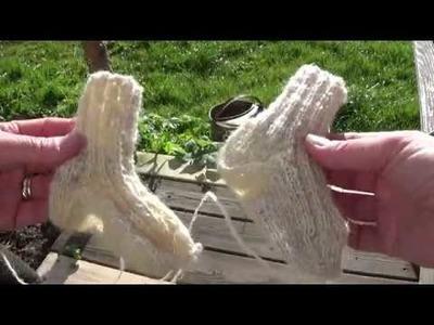 Knitting baby socks - part 2
