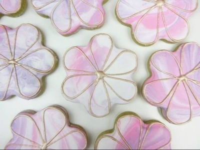 Learn How To Make MARBLED FLOWER Cookies!