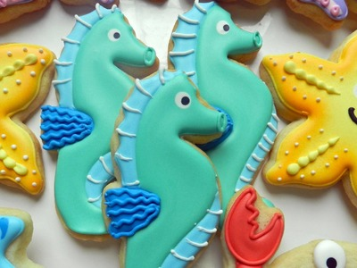 How to Decorate a Seahorse Cookie