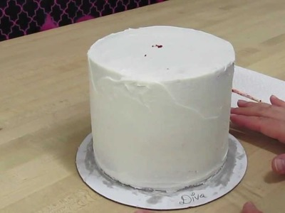 How To Prevent Air Bubbles and Bulges In Your Cakes!