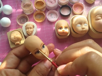 How to paint eyes on a gumpaste face