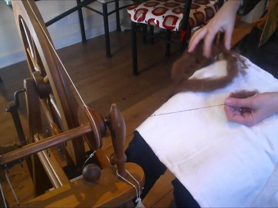 Learn to Spin with Alpaca Fibre - a miydiy.com tutorial