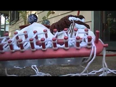 Honeycomb stitch effect on knitting loom