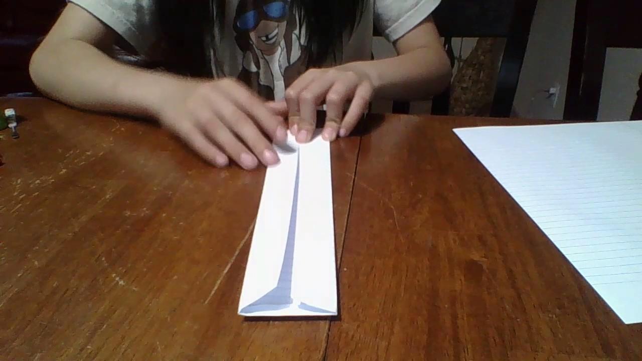 How to make a paper bracelet