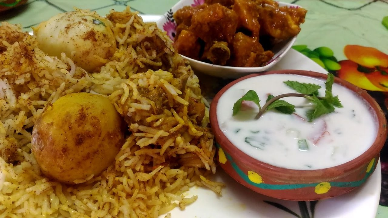 How to make egg biryani chicken biryani aloo biryani at for Chicken biryani at home