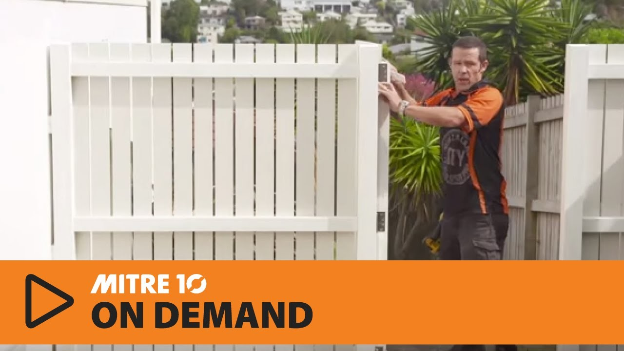 How to build a wooden gate | Mitre 10 Easy As