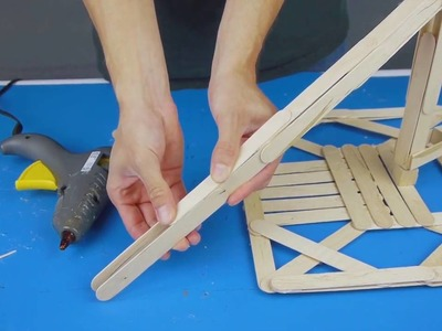 How to Make Hydraulic Fighting Robots   Rubber Band Engineer