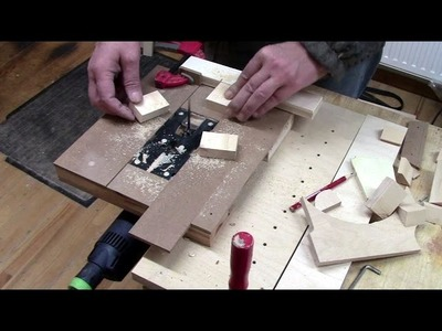 Jigsaw becomes a table saw