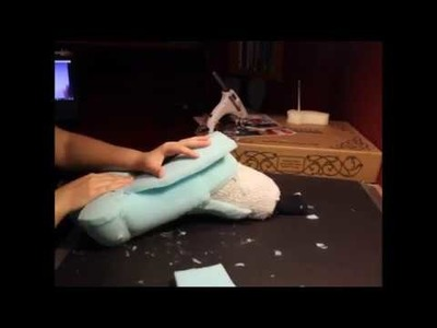 Timelapse Tutorial:  How To Make Sockpaws (Part One.  Foaming)