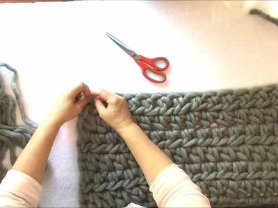 How to crochet a Merino wool shrug with BeCozi