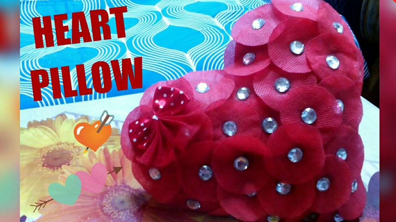 How to make a heart shape Pillow at home.Diy gift for Valentin's, anniversary.