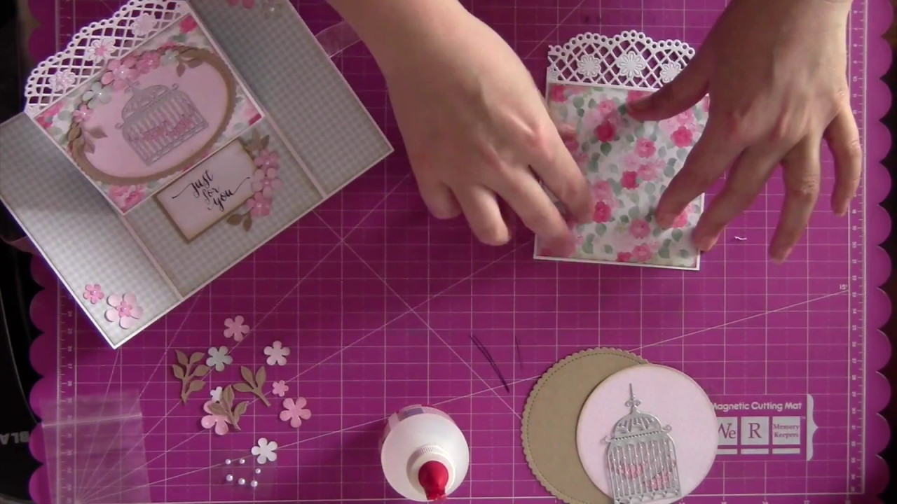 How to make an Easel Gatefold card
