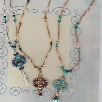 crystals n jewels necklace sets