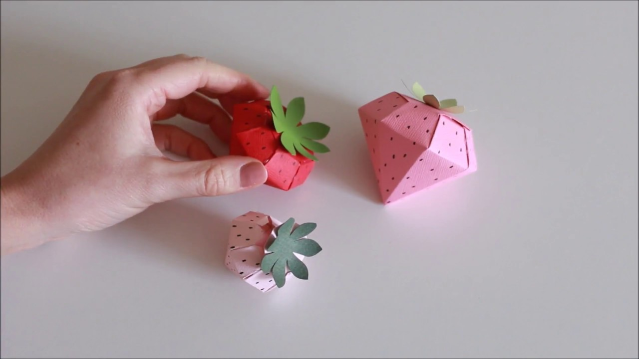 How to make: Paper Strawberry