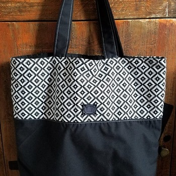 Black and white aztec print