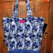 Blue floral market bag