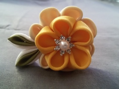 DIY How to make a Fabric Flower Hair Pin