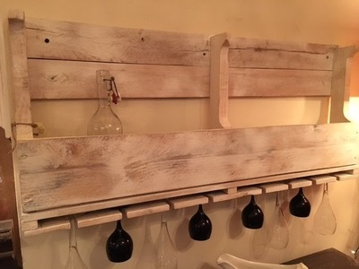DiY project. easy wine rack from a pallet. You can do it too!