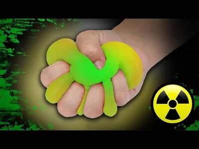 Radioactive Slime! Slime that Glows in the Dark! Easy DIY Slime Recipe! No Borax