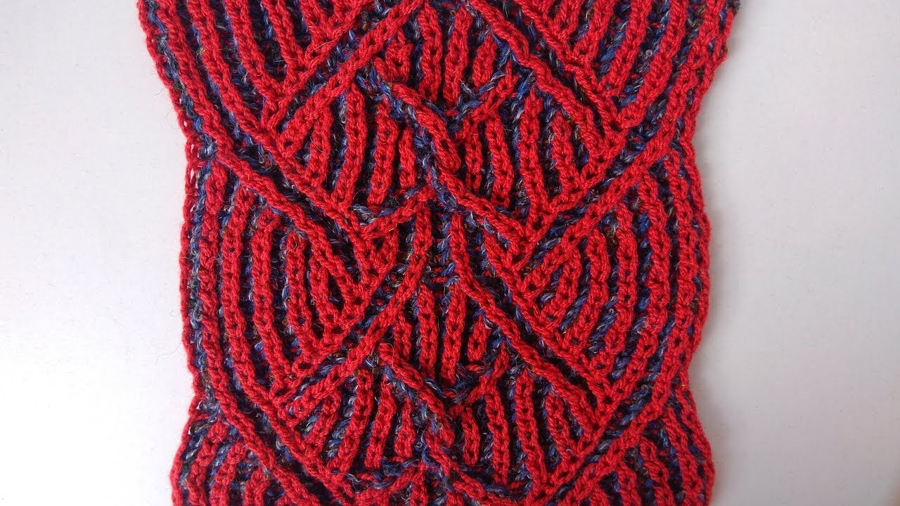 Center cable, two-color brioche stitch knitting pattern + free chart