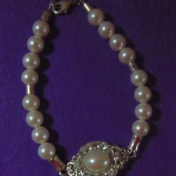 Faux Pearl Bracelet - Clearance