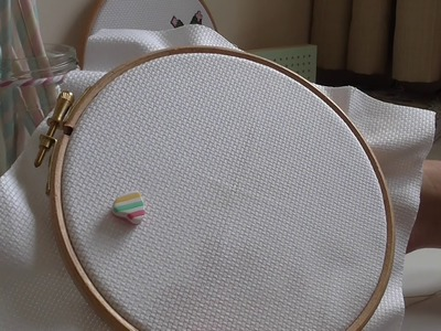 How to cross stitch with light effects thread