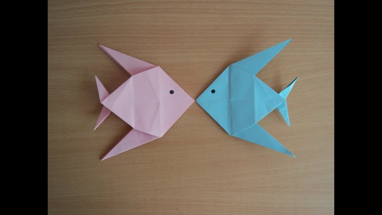 Paper art how to make paper fish at home some eazy step for Art made of paper