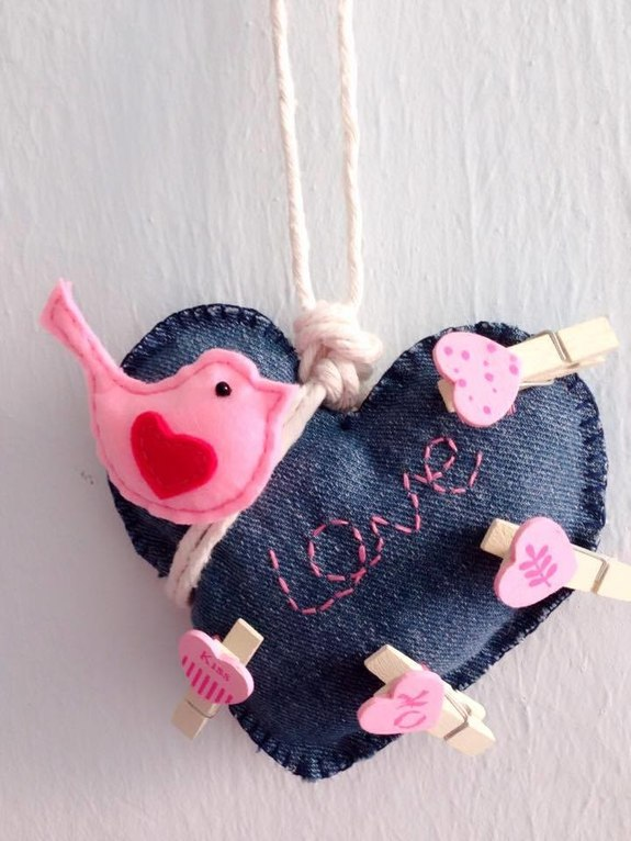 Cute Pink Bird On Blue Jean Love Memo Photo Hanging