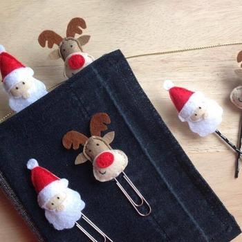 Set of 2pcs Cute Mini Christmas Santa Claus Reindeer Rudolph Stuffed Felt Brooch Girls Hair Accessory Gift Decoration