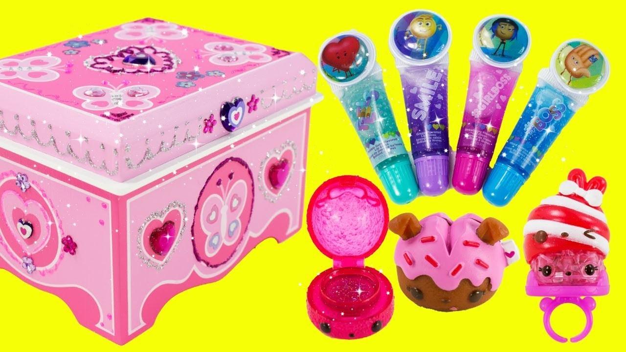 DIY Jewelry Box by Melissa and Doug EMOJI MOVIE Lip Balms, Num Noms Glitter Gloss and Light Up Ring