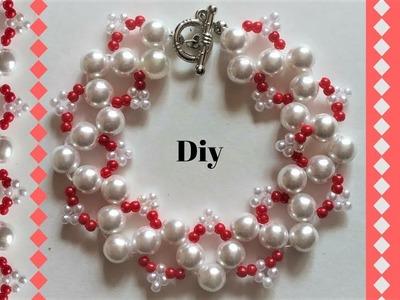 Beading tutorial for beginners. Easy red and white bracelet design.