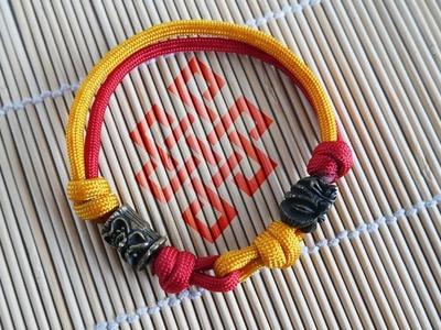 How to Make a Two Color Beaded Sliding Knot Paracord Bracelet Tutorial