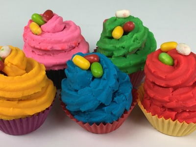 Cupcakes surprises made of Play Doh peppa pigs teddy Frozen Olaf Peppa Pig Georges Dinosaur car duck