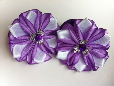 The decoration on the elastic hairband Kanzashi. Рurple-white flowers