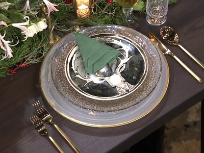 How to dress up your tabletop for the holidays